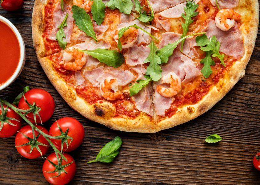 Kaksi vapaavalintaista take-away pizzaa vain 12€ (arvo 24€)