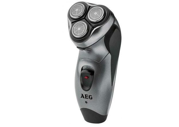 AEG ladattava 3-teräinen parranajokone 24,90€ (arvo 49,90€)