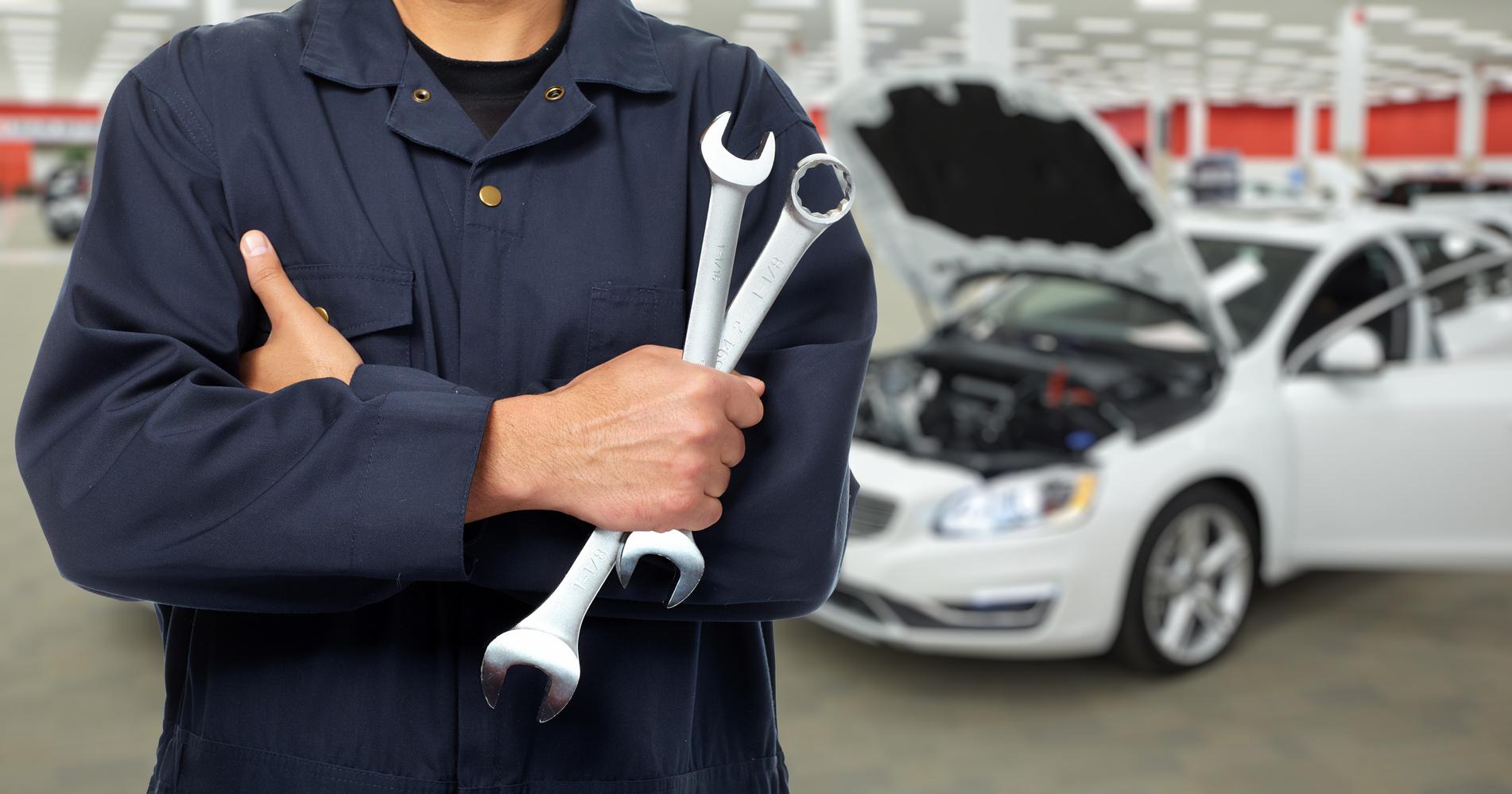 Henkilöauton vuosihuolto sis. 4l Long Life öljyä ja suodattimen, autopesun ja kuntotarkastuksen 59€ (säästä 70%)