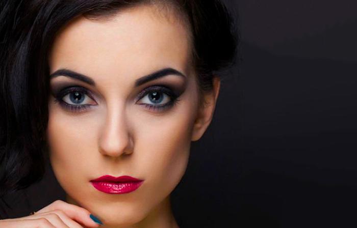 Tunnin henkilökohtainen meikkiopastus yhdelle tai kahdelle alk. vain 18€ (säästä 70%)