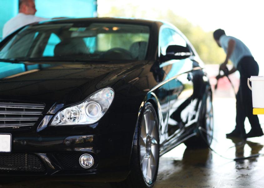Kattava henkilöauton syväpuhdistus ja hoito vain 109€ (arvo 285€)