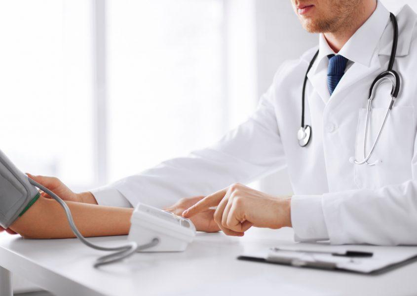 Laboratoriotestit + erikoislääkärin kattava terveystarkastus vain 99€ (arvo 210€)