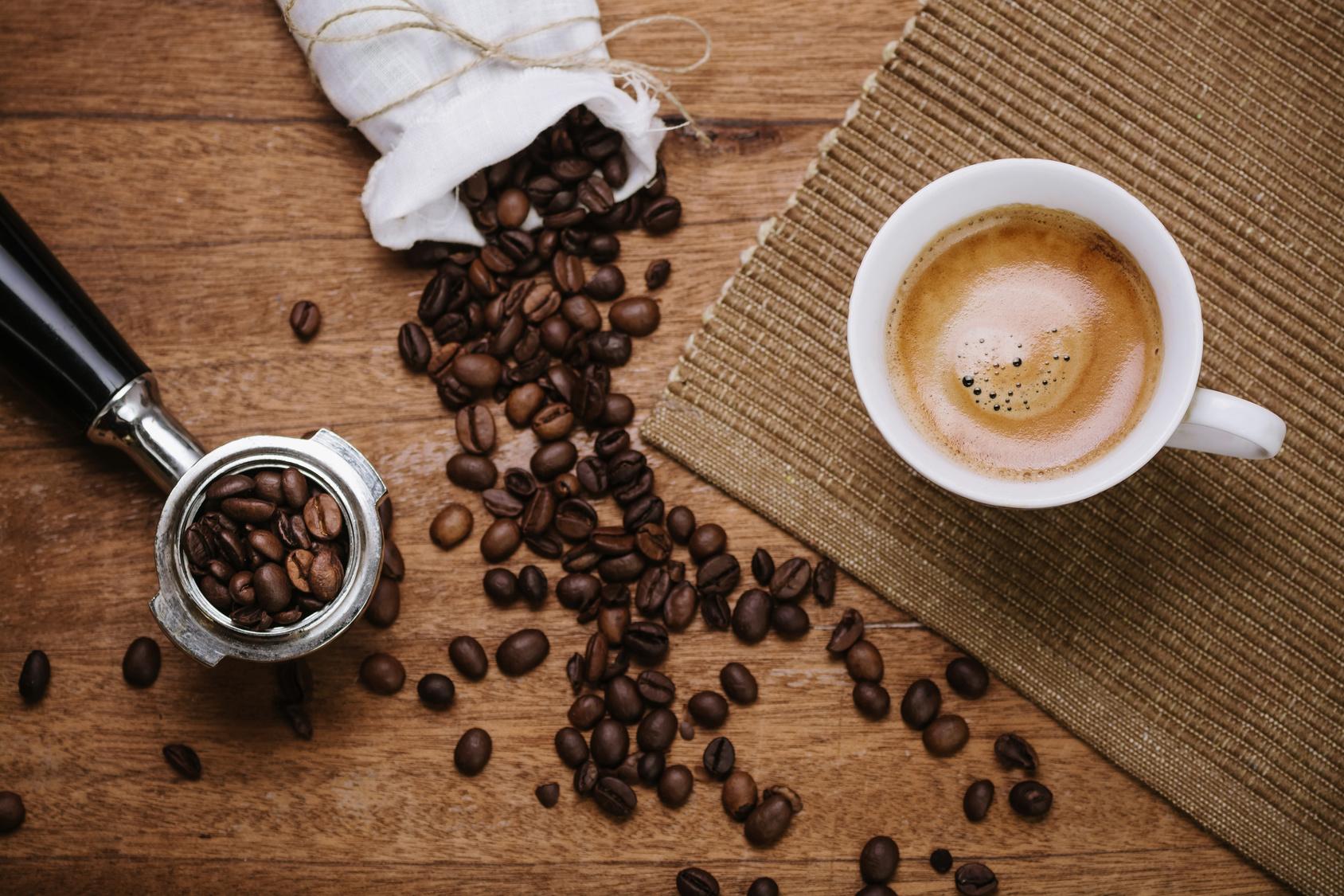 Latte Cafen Talon kahvit kahdelle vain 3€ (arvo 6€)