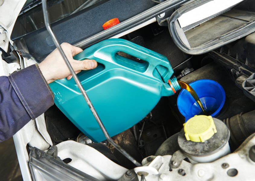 BLACK FRIDAY LISÄALE VAIN TÄNÄÄN! Auton vuosihuolto öljynvaihdolla vain 32€ (arvo 145€)