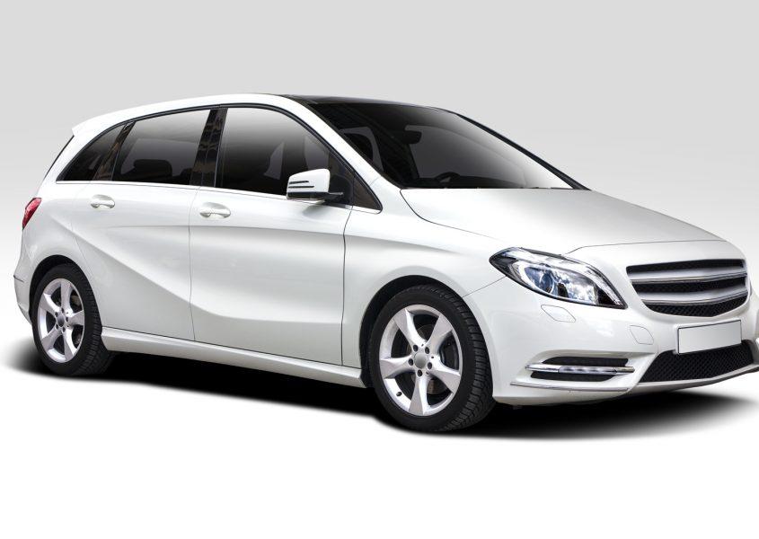 Henkilöauton vuosihuolto öljynvaihdolla vain 30€ (arvo 160€)