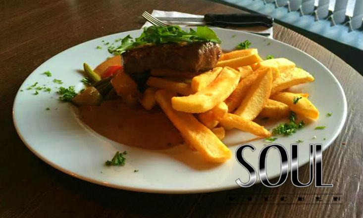Ravintola Soul Kitchen – pihvit tai salaatit kahdelle alk. 20€