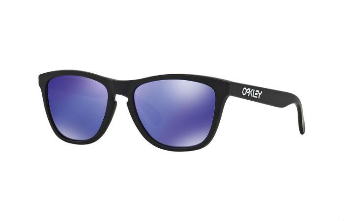 Oakley Frogskins -aurinkolasit 72,50€ (ovh 109€)