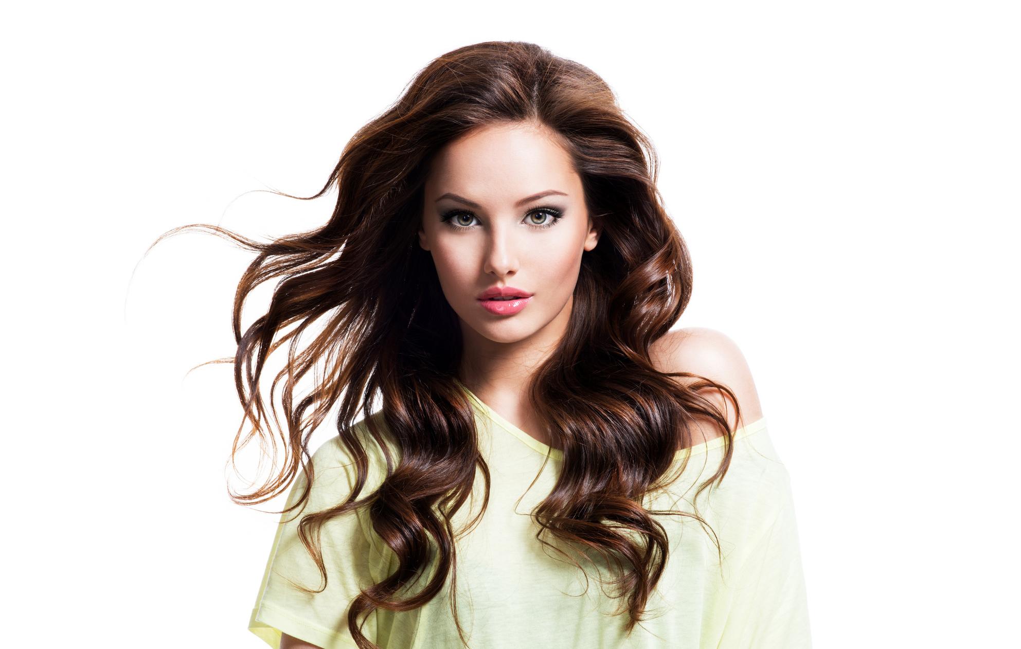 Hiustenleikkaus ja yksivärivärjäys vain 40€ (säästä 53%)