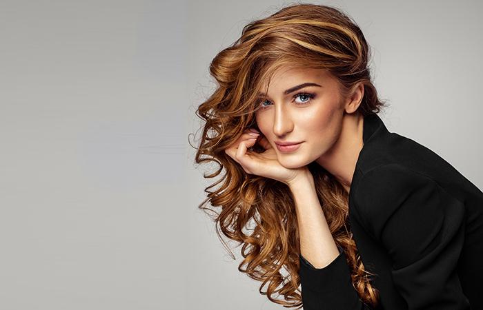 Hiustenleikkaus ja värjäys kulmien/ripsien värjäyksellä ja muotoilulla tai ilman alk. 45€ Bio-permanentti 60€