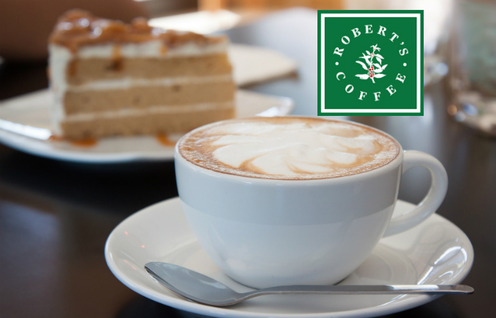 Robert's Coffee Varisto – juoma ja leivonnainen yhdelle tai kahdelle alk. vain 5,90€ (säästä 52%)