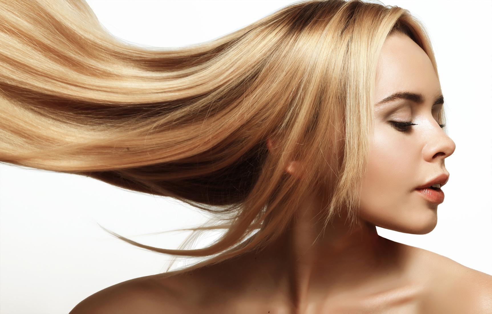 Hiusten keratiinisuoristus tai keratiinihoito alk. 49€