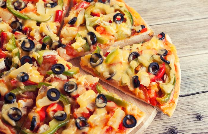 4 täytteen pizza alk. vain 4,90€ (säästä jopa 55%)