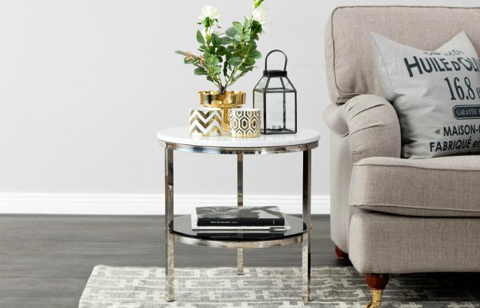 Pyöreä SANDY-sivupöytä marmorilevyllä, valkoinen/teräksinen 179€ (säästä 60%)