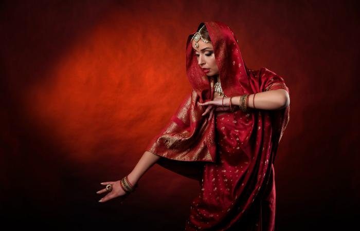 Kolmen tai viiden kerran kortti Bollywood-tanssitunnille alk. vain 15€