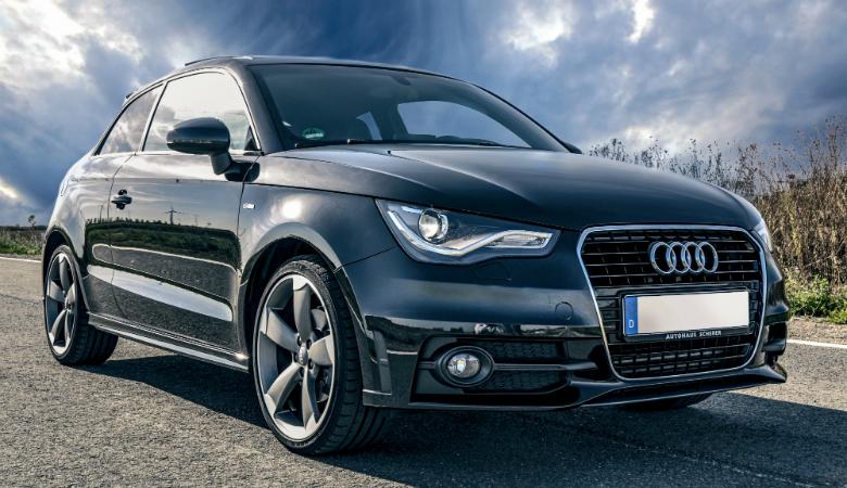 Auton renkaiden vaihto, käsinpesu, kevytvahaus ja imurointi 35€ (säästä 50%)