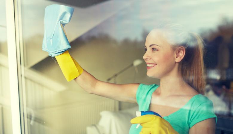 Kolme tai neljä tuntia ikkunanpesua alk. 49€ (säästä jopa 54%)
