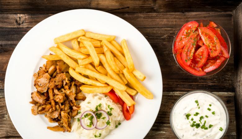 Vapaavalintainen kebab yhdelle tai kahdelle alk. 5€
