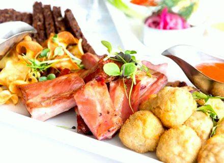 Kolmen ruokalajin menu kahdelle, neljälle tai kuudelle alk. 35€ (säästä jopa 41%)