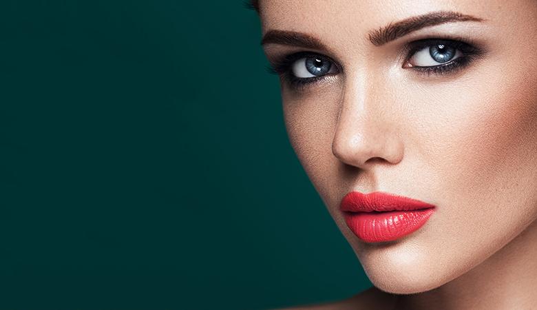 Kulmien tai silmänrajausten kestopigmentointi alk. 65€ (säästä jopa 80%)