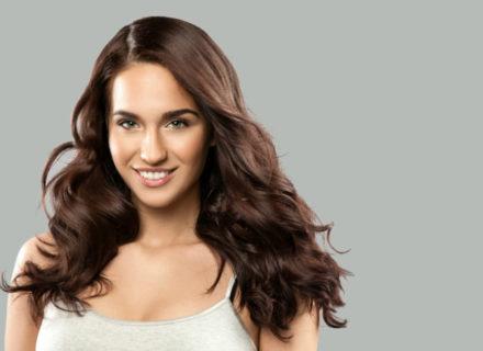 Hiustenleikkaus ja yksiväri- tai monivärivärjäys alk. 40€ (säästä jopa 60%)