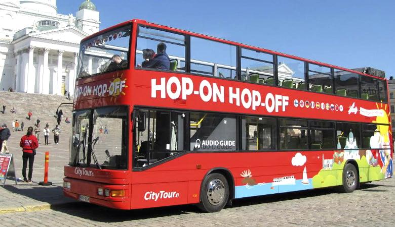 24 h Hop-On Hop-Off -lippu 2-4 henkilölle alk. 15€ (säästä jopa 79%)