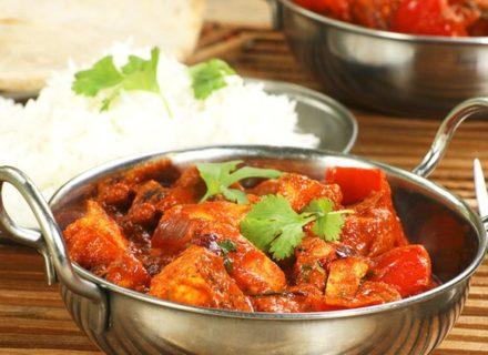 Nepalilaiset kana- ja kasvisannokset kahdelle 19€