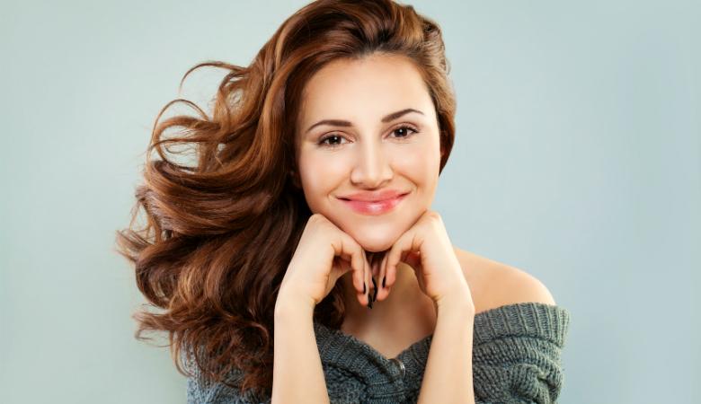 Hiustenleikkaus ja yksivärivärjäys vain 40€ (säästä 60%)