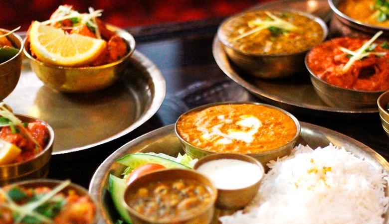 Ravintola Base Camp – thali-annokset kahdelle tai neljälle 20€ (säästä jopa 53%)