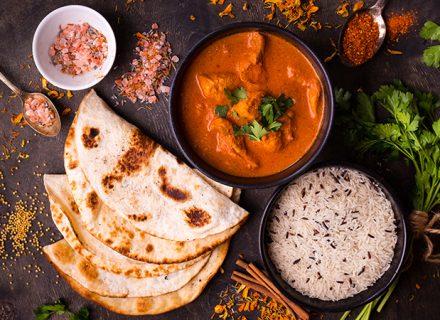 Nepalilainen kolmen ruokalajin menu 2–4 hengelle alk. 32€ (säästä 41%)