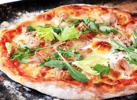 Vapaavalintainen pizza listalta alk. 5€