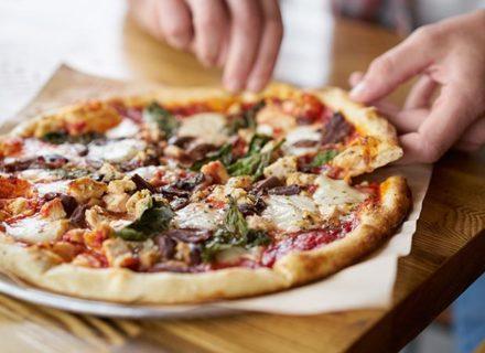 Pizzat tai kebabit juomilla kahdelle 12€ (säästä 50%)