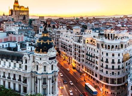 ***Hotel Victoria 4 Madrid – 2-3 yötä kahdelle sis. aamiaiset alk. 219€