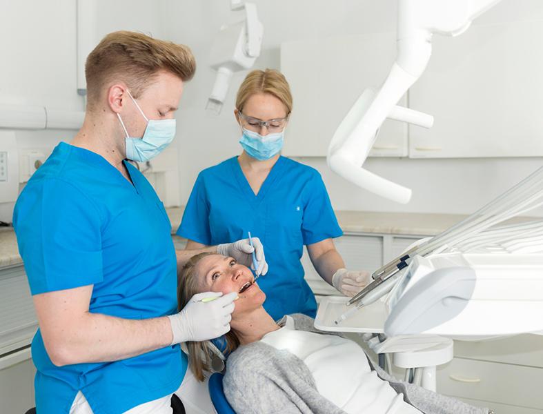Hampaiden Soodapuhdistus Kotona