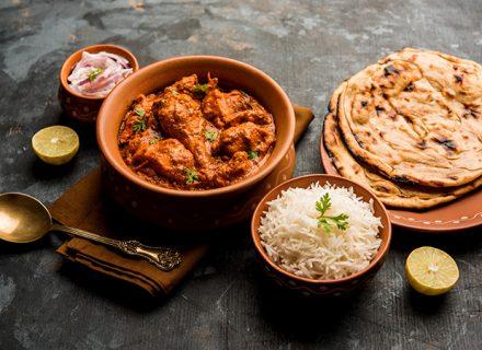 Nepalilaiset kana- tai kasvisannokset alk. 9€