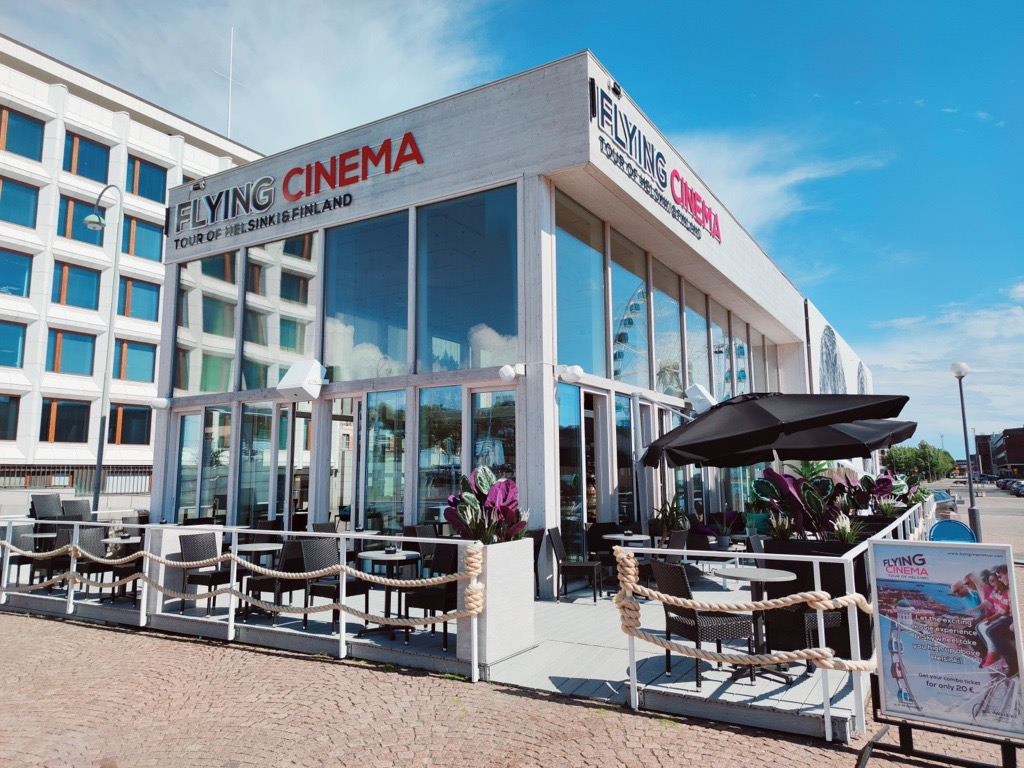 Flying Tour Cinema